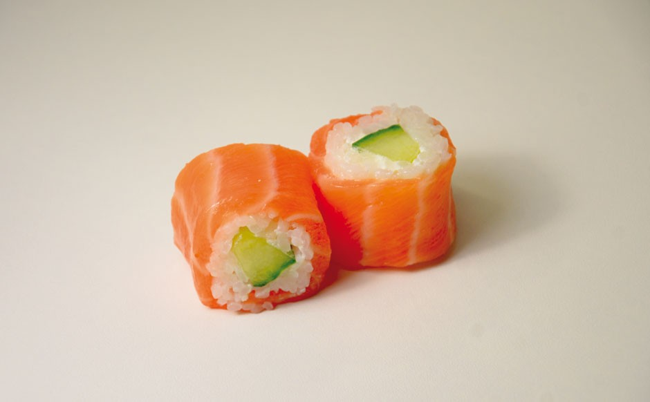 Saumon-roll-cheese-940x582.jpg
